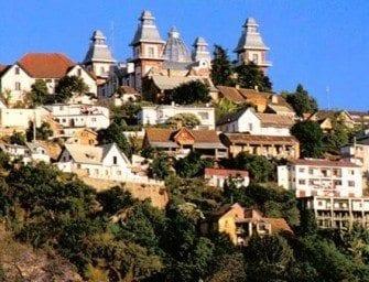 Andohalo Antananarivo Madagascar, une place chargée d'histoire – tananarive