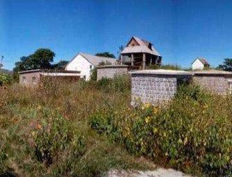 Colline sacrée d'Ambohimanambola – Le nom de ce lieu sacré signifie Au village qui possède un trésor