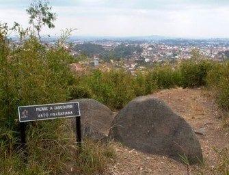 Colline sacrée d'Ilafy à Madagascar – Roi Radama II – Nord d'Antananarivo