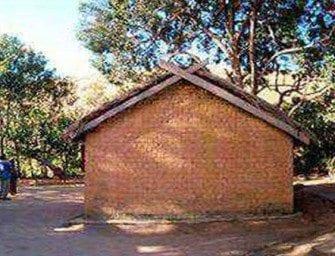 Ampandrana – A l'entrée du village