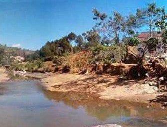 Ambohimalaza – rivière d'Ampasibe